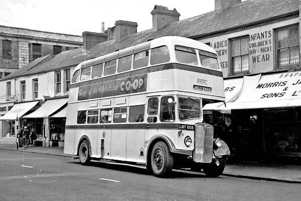 1951 Aberdare NCME bodied AEC Regent III, 81 LNY858