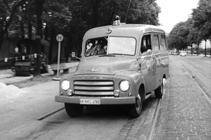 1952 Opel Blitz Krankenwagen Miesen