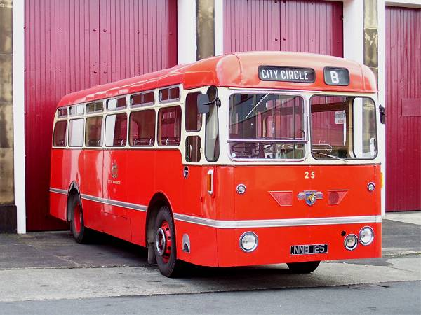 1953 Leyland Royal Tiger PSU1-13 with Northern Counties B33C centre entrance bodywork
