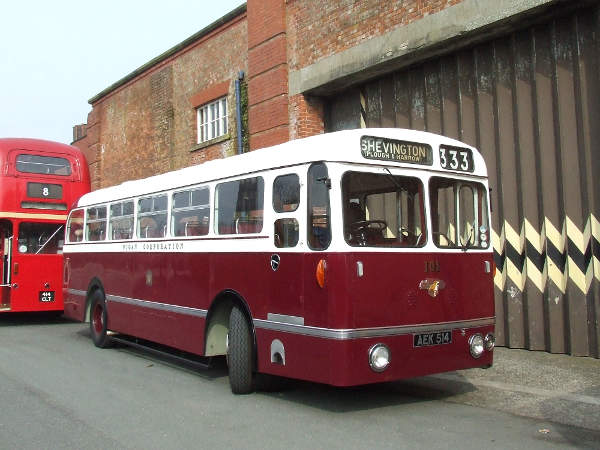 1953 Leyland Royal Tiger PSU1-13 with Northern Counties B43F bodywork