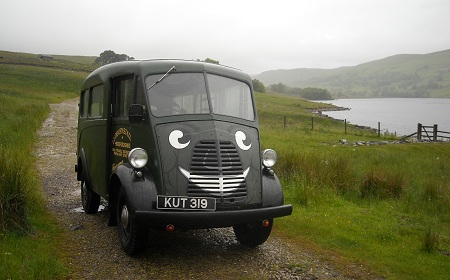 1954 Morris Commercial J-Type Van