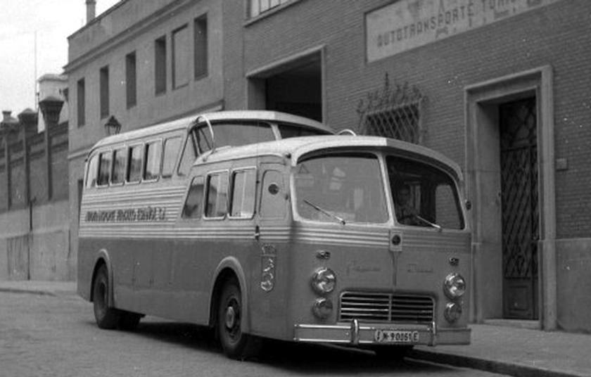 1954 Pegaso atesahr4