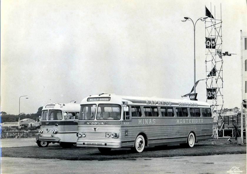 1962 Ônibus Nicola da Expresso Minuano, exposto em Montevidéu em março de 1962