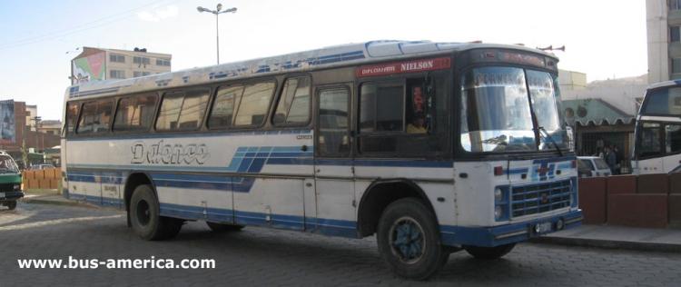 1976 Scania - Nielson Diplomata (en Bolivia) - Dalece