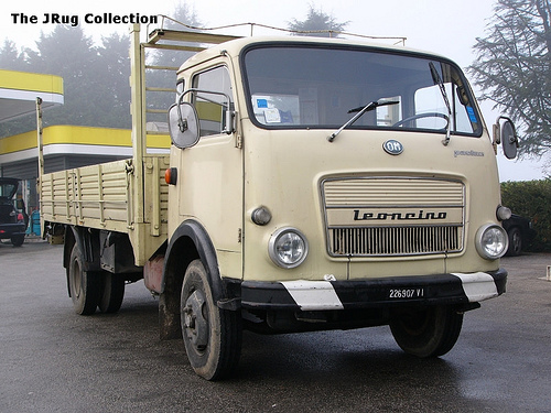 1977 OM Leoncino (in de oude OM fabriek in Brescia wordt nu de Iveco Daily gebouwd)
