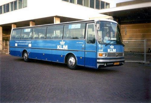 1983 Neoplan, een Auwärter 558 1 foto Henk Langhout