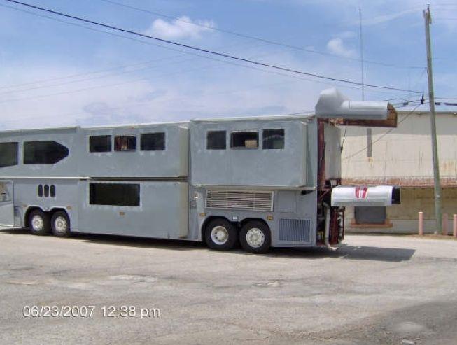 1985 Neoplan Neoplan-11985 Tour Bus 2603 a