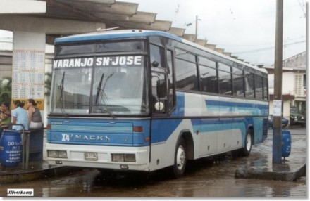 Busscar Bus CostaRica Mack
