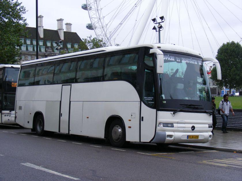 FLN-409 Mercedes Benz O404 - Noge
