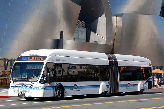 Foothill_Transit_NABI_60-BRT_articulated_bus