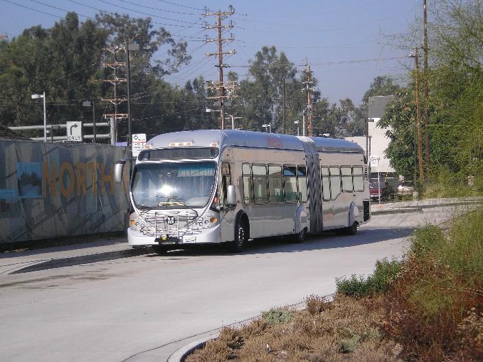la-bus-brt-orangeline-veh-80068-20060927brx2_D-Dobbs