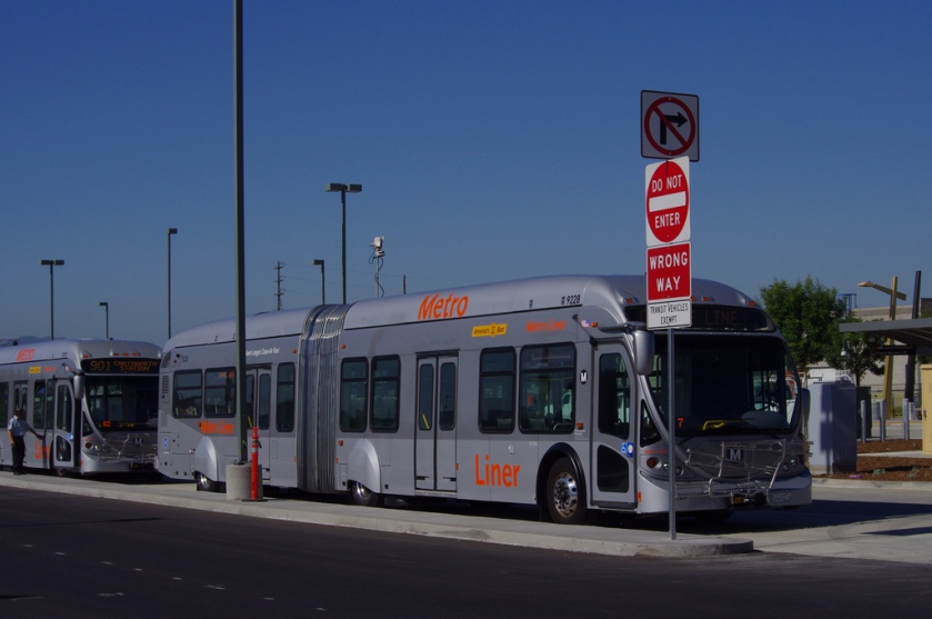 LACMTA NABI (Ikarus) 60-foot Articulated Bus