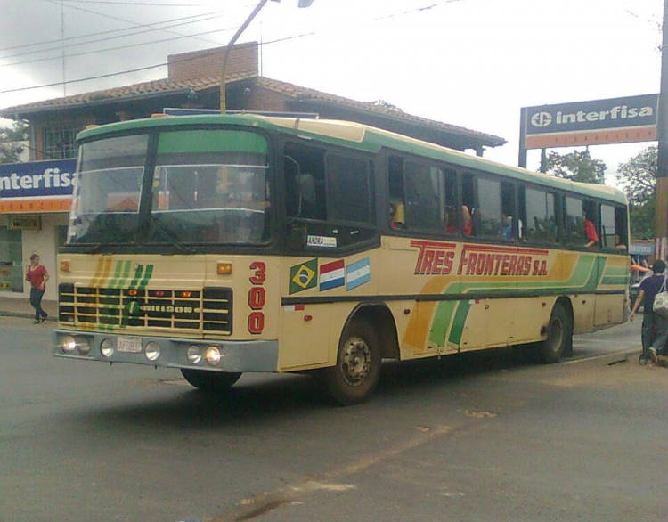 Mercedes-Benz OF - Nielson Diplomata (en Paraguay) - Tres Fronteras S.A..A