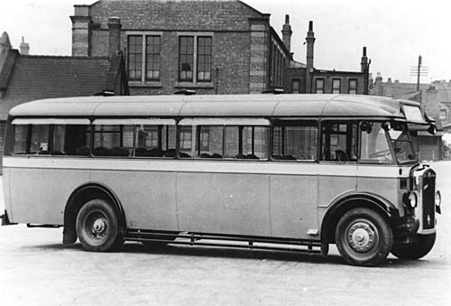 Morris Commercial 'Dictator' Single Decker 5541-0