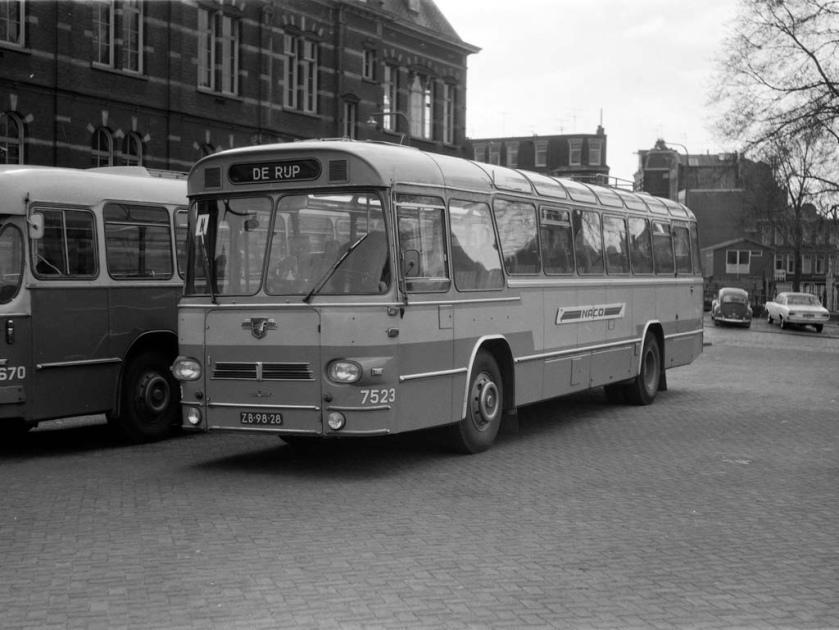 NACO Alkmaar 7523, Waterlooplein Leyland