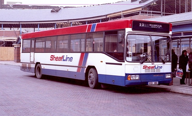 Neoplan with B52F body