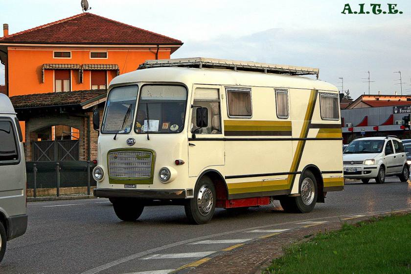 OM TIGROTTO Camper - A.I.T.E.