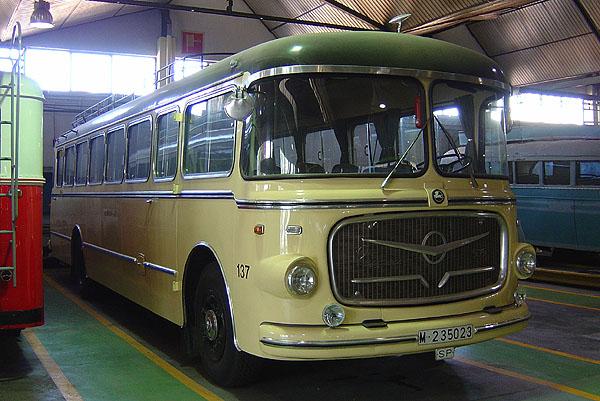 Pegaso El Seida V preservado de Continental Auto no es un 5061 sino un 5051 Conti_137_A