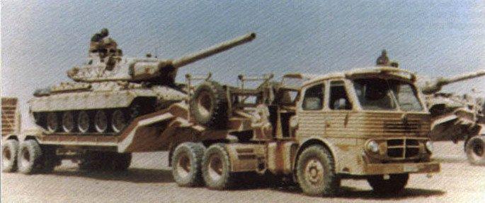 Pegaso met tank
