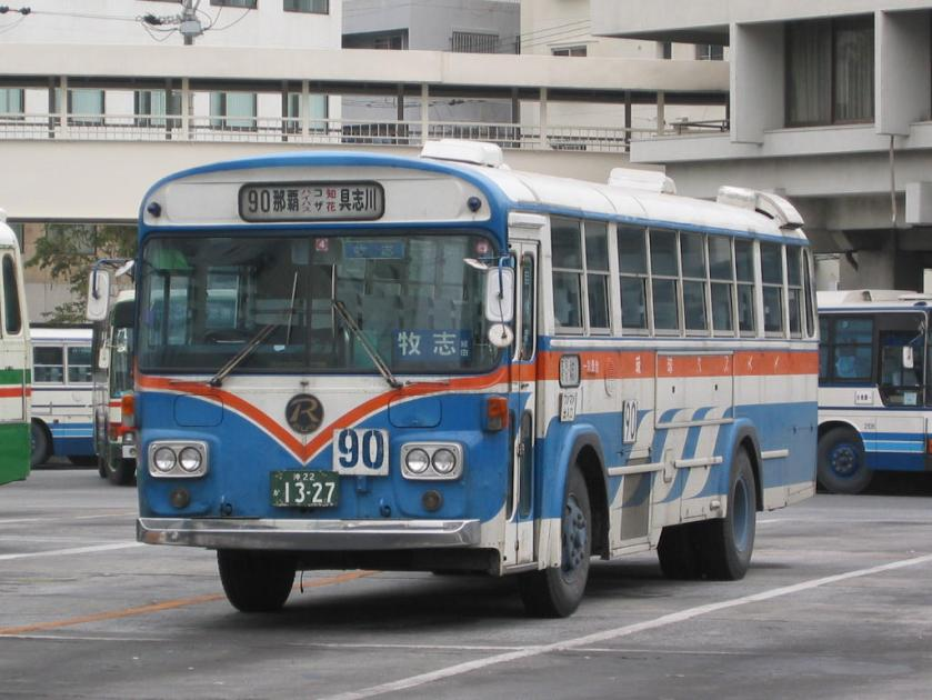 Ryukyu-Bus-3E