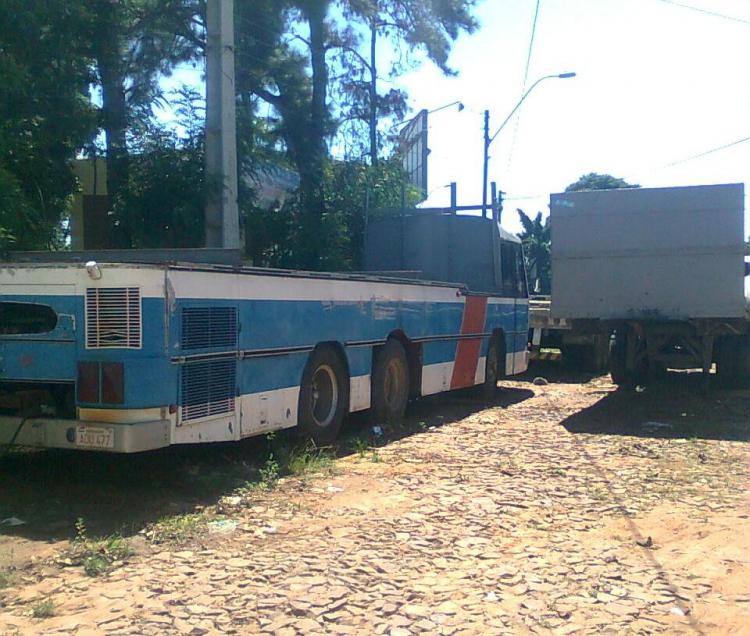 Scania - Nielson Diplomata (en Paraguay) reformado a camion