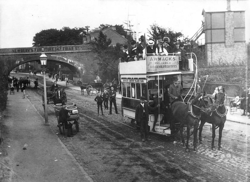 04 1893 Oxford Road, Reading,