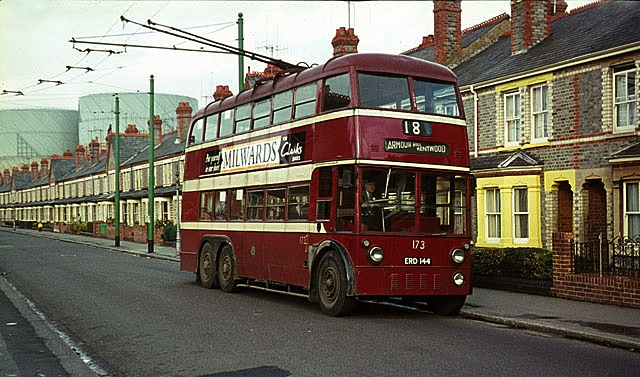 06 Reading Trolleybus in Liverpool Road