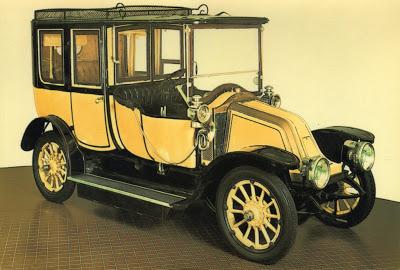 1909 Renault 15-22 kw Limousine