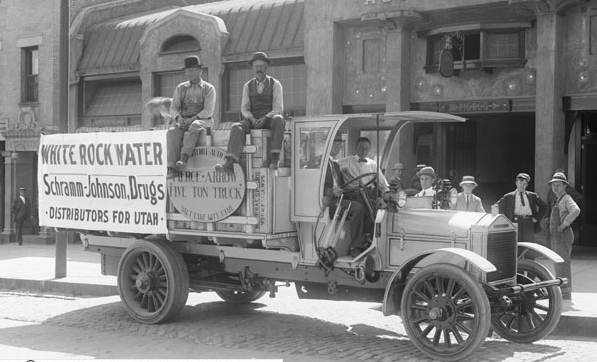 1911 WhiteRockWaterPierceArrowTruck