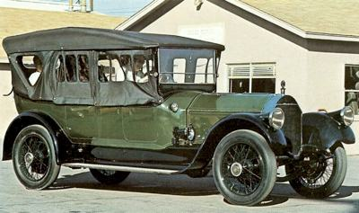 1913 Pierce-Arrow 66-A-1 powered by a 12.7 liter engine