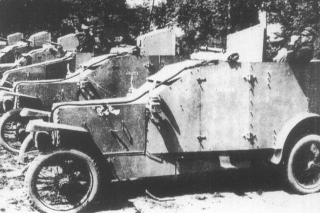 1915 renault mle Automitrailleuses