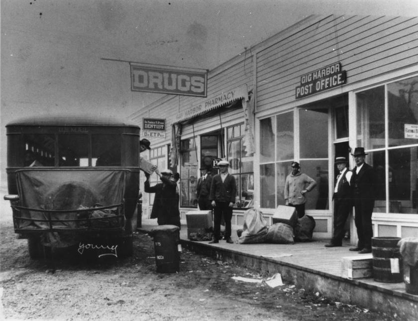1922 Pierce Arrow bus mail pick up sweeney