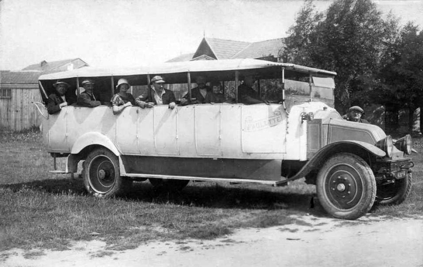 1922 Renault Charabanc Bus Paulette