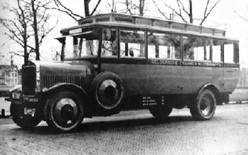 1924 De Dion Bouton, idem M-7811-M-20037 G.T.M. 54 met originele Pennock carr