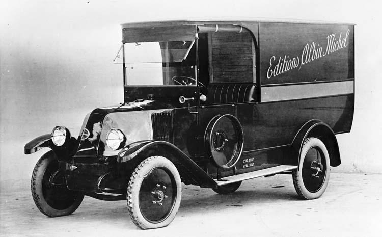 1925 Fourgon Renault type OS de 10 cv