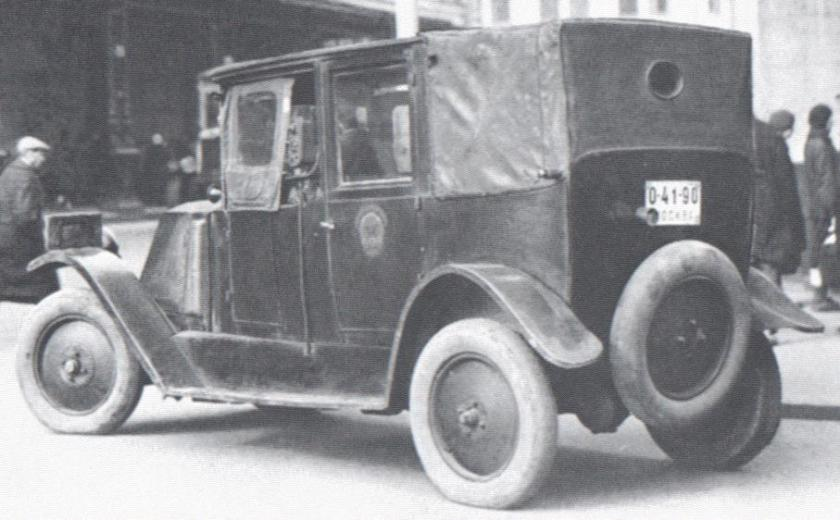 1925 renault taxi russia