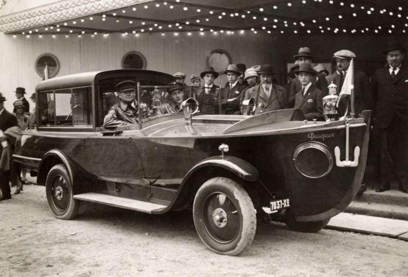 1926 Peugeot gebouwde amfibie-voertuig  Frankrijk