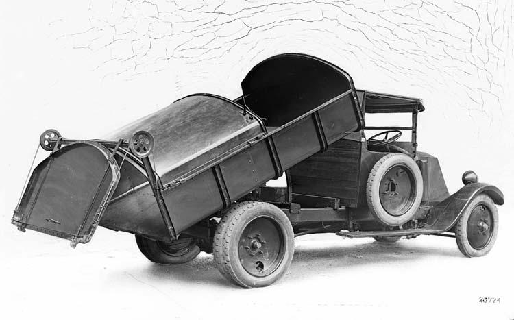 1926 Renault à benne basculante