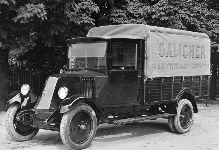 1927 Camion léger plateau bâché Renault type PD