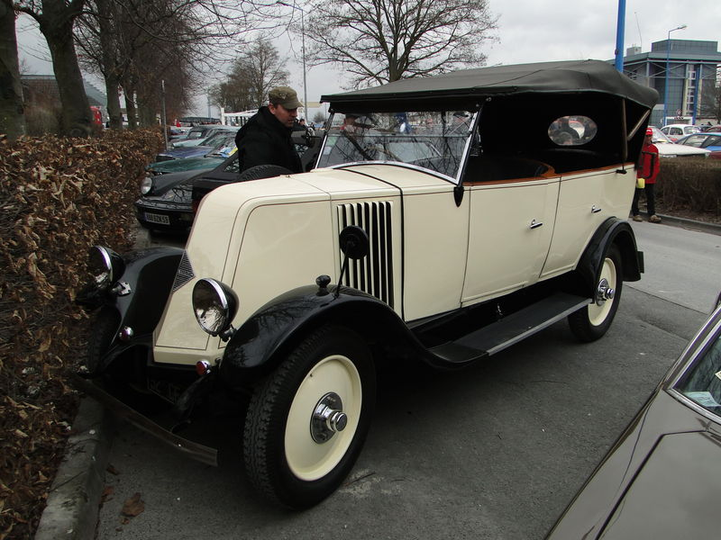 1927 RENAULT NN II