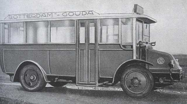 1931 Renault VAN GOG 03