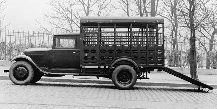 1932 Camionnette Renault 10 cv type PRB bétaillère