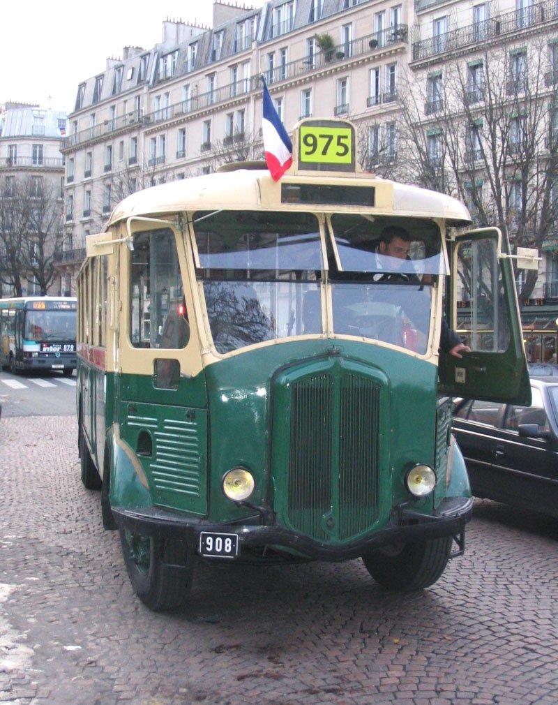 1933 RENAULT TNa