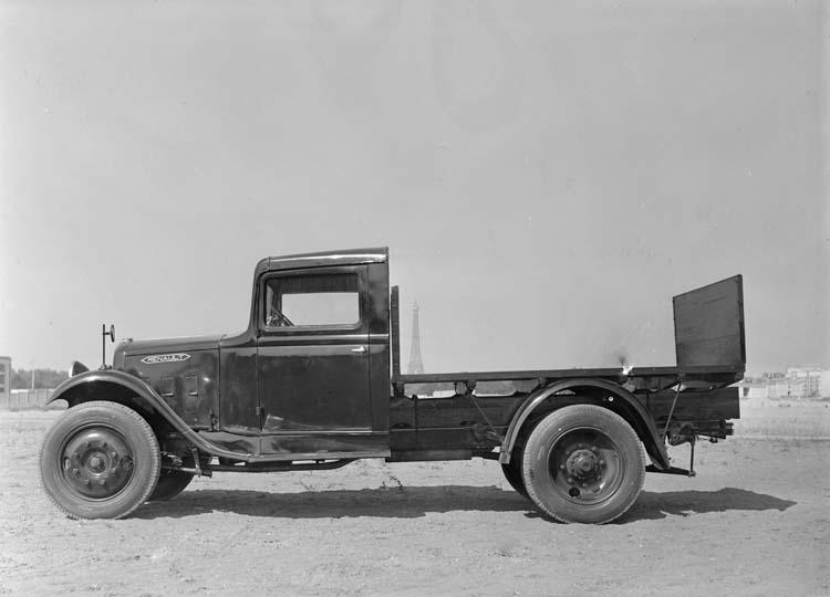 1934 Camion plateau Renault type ZJ 43 chevaux 2 tonnes