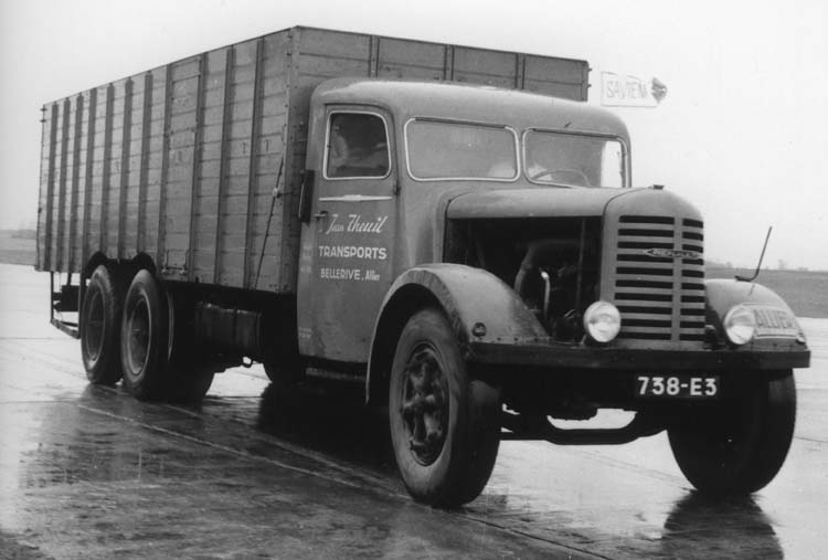 1934 Camion Renault ty ZF6DC 130 cv 18 tonnes