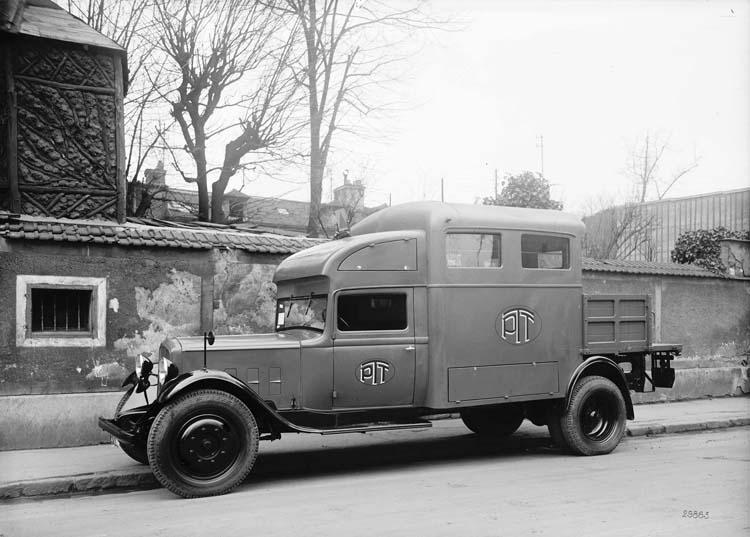 1934 Fourgon PTT Renault 15 cv