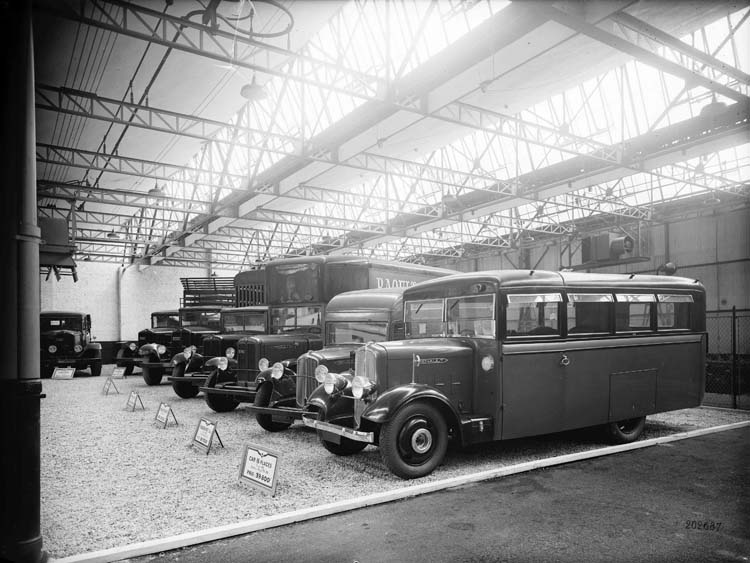 1934 renault camions-anciens-exposition-vehicules
