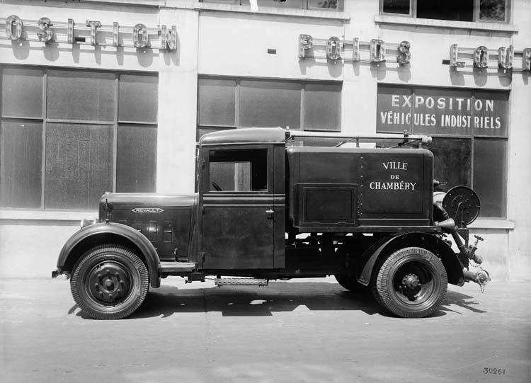 1934 Renault type UEOA 15 cv