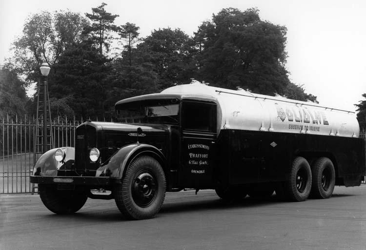 1934 Renault type ZF6DC 130 cv 18 tonnes