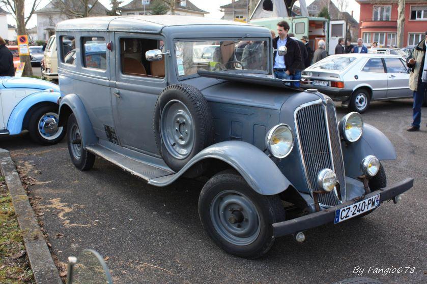 1935 Renault Primaquatre KZE a
